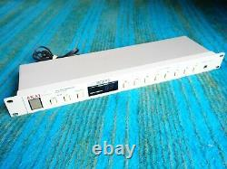 Akai professional ME30PII Midi Programmable Patch Bay F111