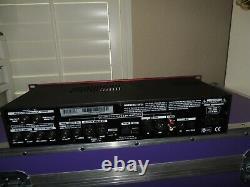 Line 6 POD XT Pro Amp Modeler Multi Effects Processor Rackmount Rack Unit