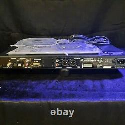 TASCAM CD-400U Pro Rackmount CD/SD/USB/Bluetooth/AM-FM Player