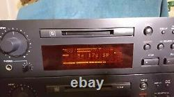 TASCAM MD-350 Professional Minidisc Deck/Recorder works Great! +Rackmount Ears