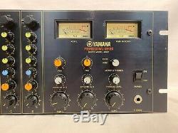 Yamaha M406 Professional Series 6-Channel Rack Mount Mixer Black