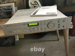 Akai Professional S2000 MIDI Sampler Numérique Rackmount
