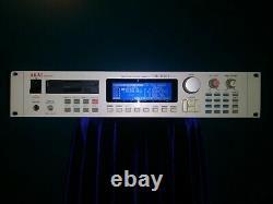 Akai Professional S3000xl MIDI Stereo Digital Sampler Rackmount Avecfx. Solide