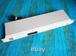 Akai Professionnel Me30pii MIDI Programmable Patch Bay F111