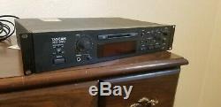 Md-350 Tascam Pro Audio Mini Disc Lecture / Écriture En Studio De Montage En Rack Mdlp Recorder