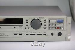 Panasonic Sv-3700 Professional Digital Audio Platine Cassette Dat Lecteur De Montage En Rack