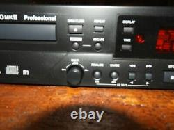 Tascam Cd-rw900mkii Professional Rackmount CD Recorder/player Pas De Télécommande