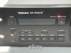 Tascam Da-30 Mkii Professional Rack Montage Dat Recorder Avec Digital-ananlog-xlr